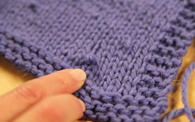 A new trick for fixing errors in color knitting