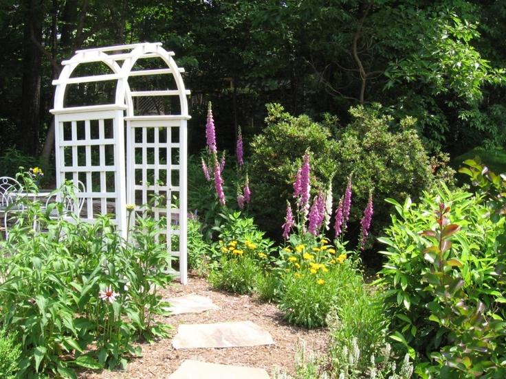 Cottage garden entry landscape ideas pinterest for Cottage garden design