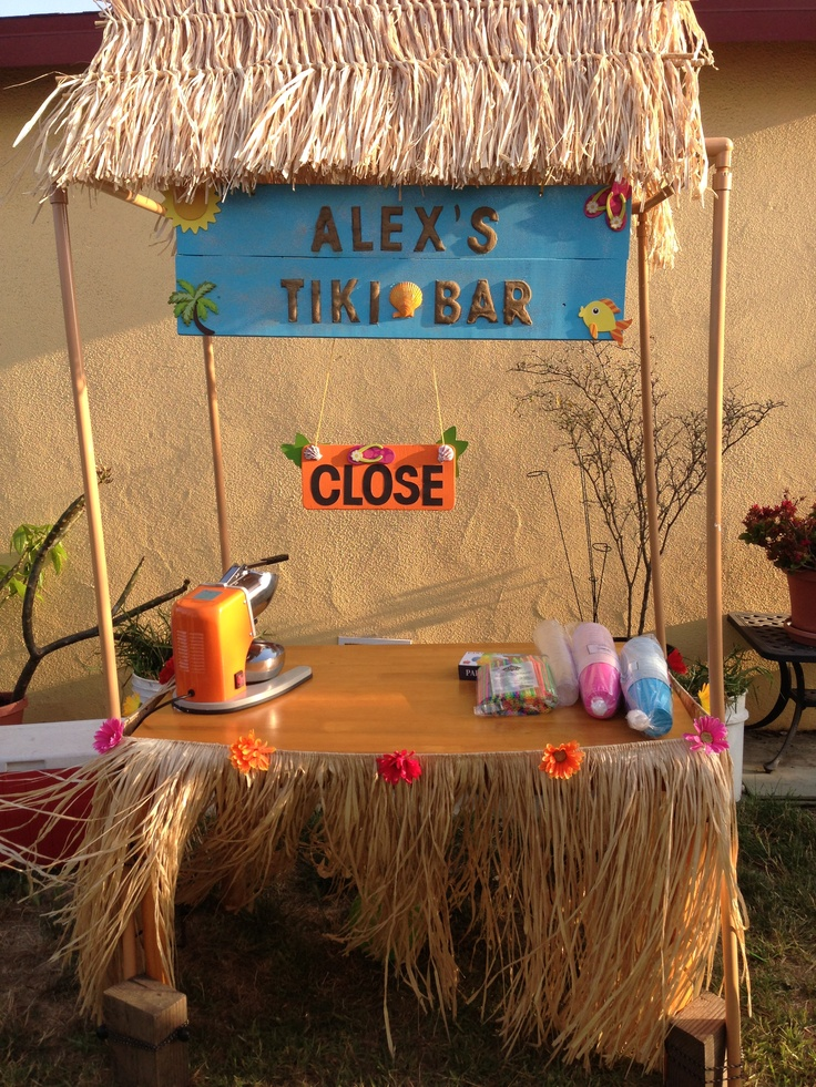 Homemade tiki bar with flowers alex s homemade hawaiian party craf