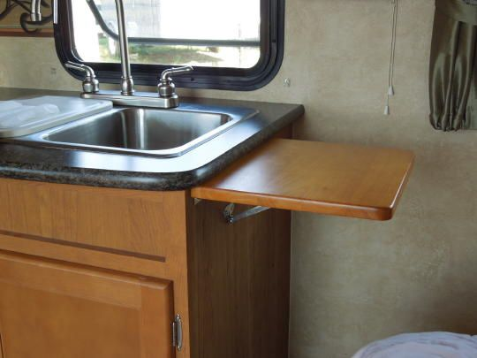 Rv Countertop Options : flip up counter top...we need this! Campers and Camper Decor Pint ...
