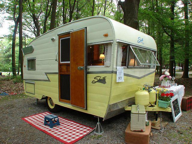 Category: Shasta - Vintage Camper