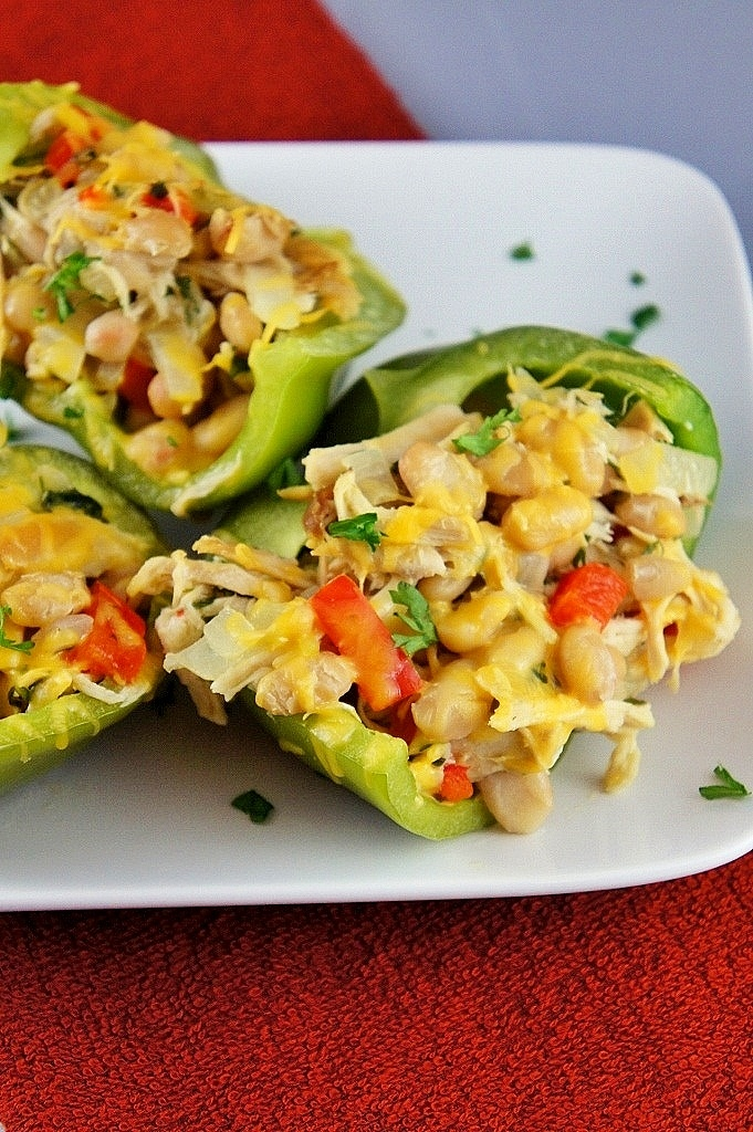 Chicken and White Bean Stuffed Peppers | healthy eats | Pinterest