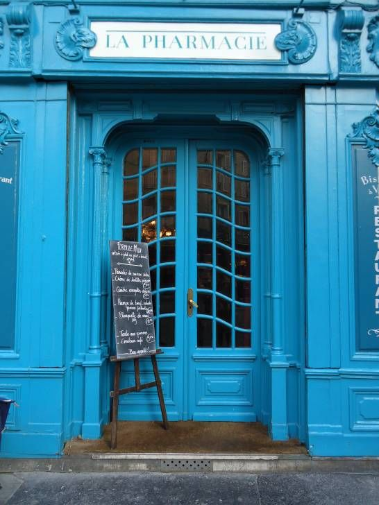 love the entrance & shade of blue, paris bistro