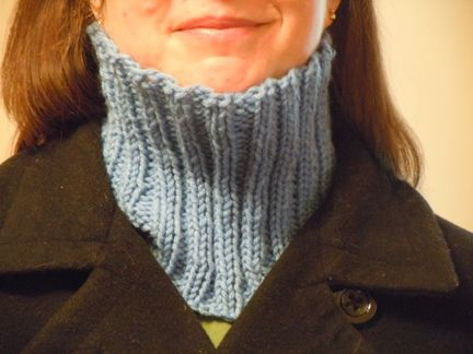 Neck Warmer Knitting Pattern : neck warmer knitting pattern Yarnsy Pinterest