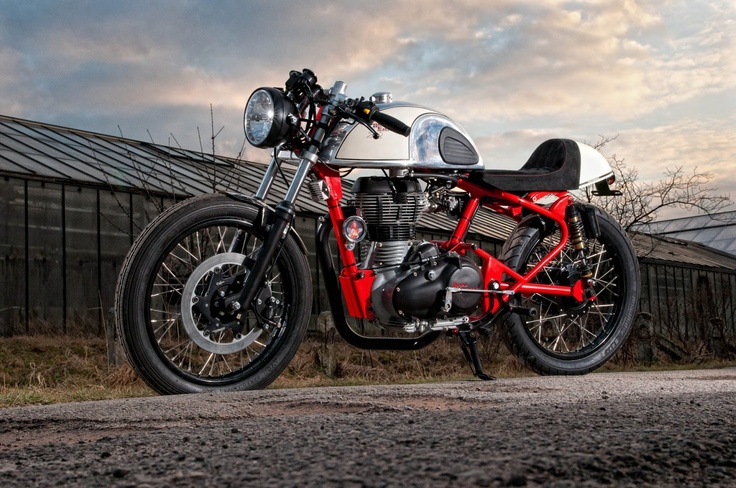 Royal Enfield Cafè Racer by T-Factorbikes
