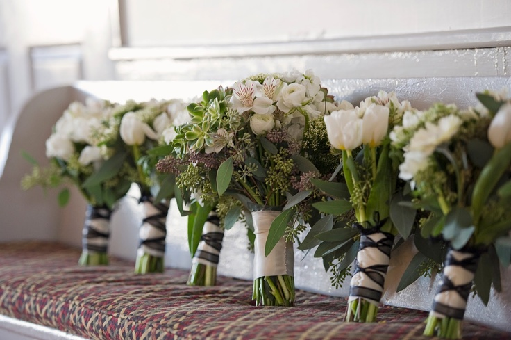 Grocery Store Wedding Flowers Pin By Amanda Prim And Propah On Wedding Finds Pinterest