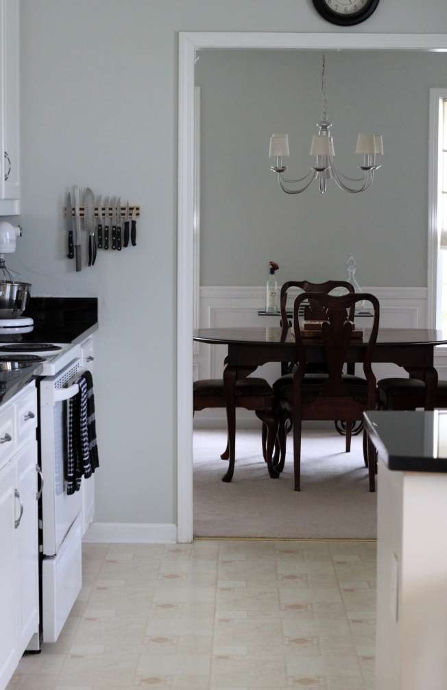 Best Benjamin Moore Cashmere Gray For The Home Pinterest 400 x 300