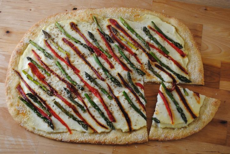 Roasted Asparagus Ricotta Pizza | Must Make. | Pinterest