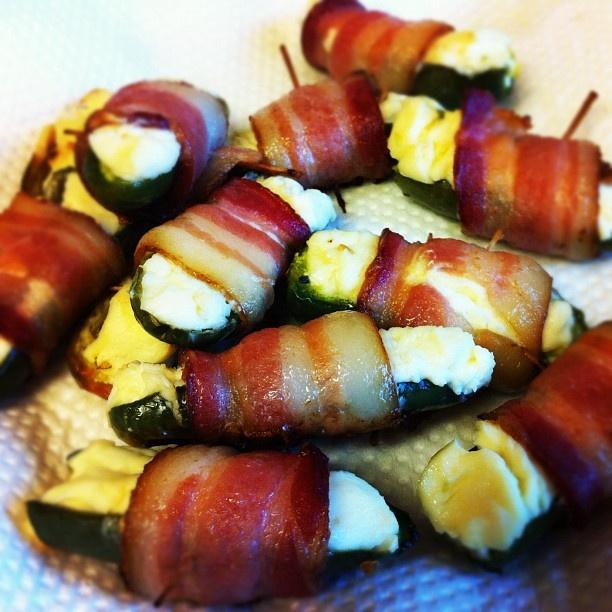 Bacon-wrapped jalapeño thingies | Noms | Pinterest
