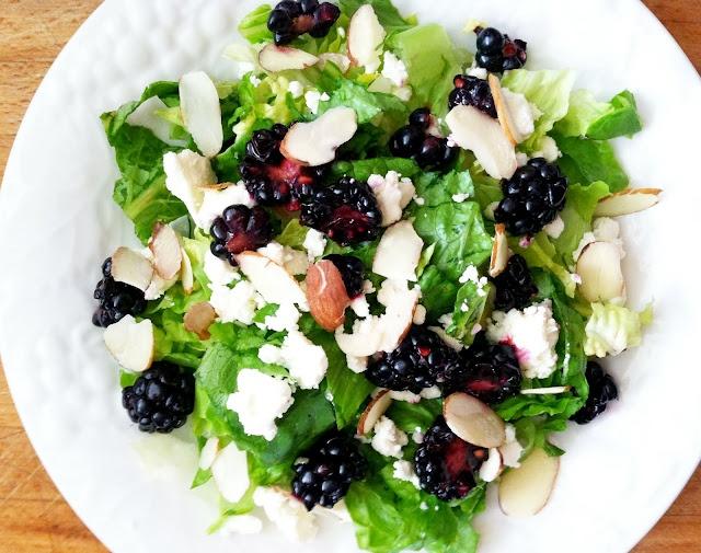 Sweet Blackberry Almond Feta Salad | Meatless Mondays | Pinterest
