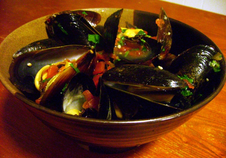 Mussels With Tomatoes, Jalapeno And Tequila Recipe — Dishmaps