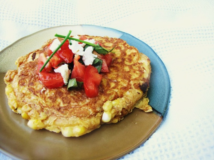 roasted corn cakes with goat cheese & fresh tomatoes