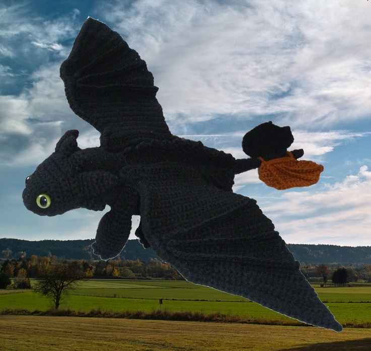 Toothless Dragon (Night Fury) pattern in PDF