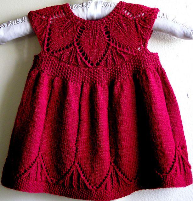 Фото вязанных детских платьев