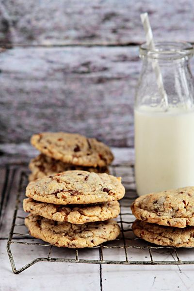 Toffee-Almond Cookies