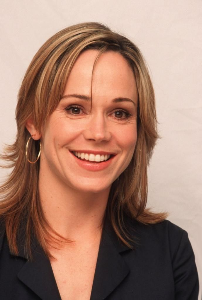 Emma-Kate Croghan Net Worth