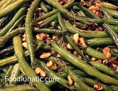 Roasted Green Beans with rosemary and walnuts - really easy #recipe ...