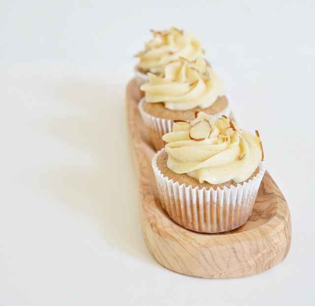 Banana Cupcakes with Honey Cinnamon Buttercream Frosting