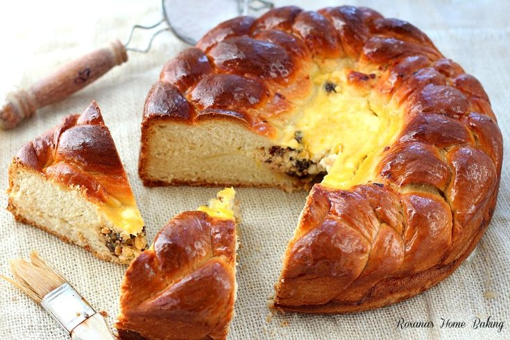 Romanian Easter Bread - next year: use dough to seal up spring form ...
