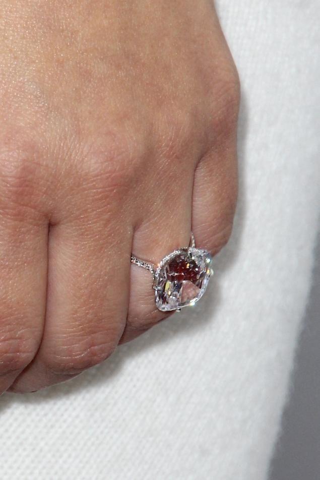kardashians engagement ring bling