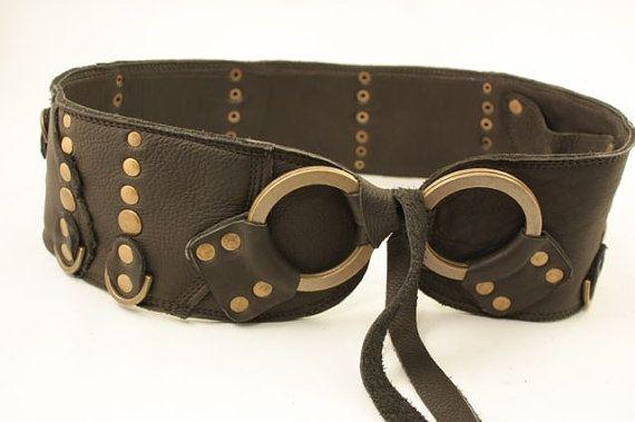 wide leather waist or hip belt black