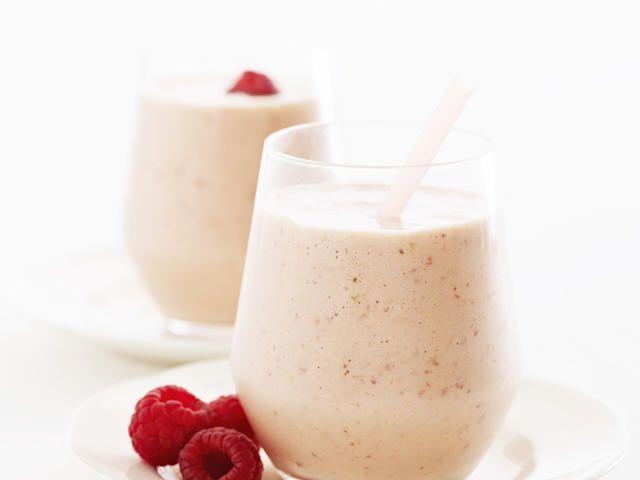 Creamy Peach Melba Smoothie | Recipes to try | Pinterest