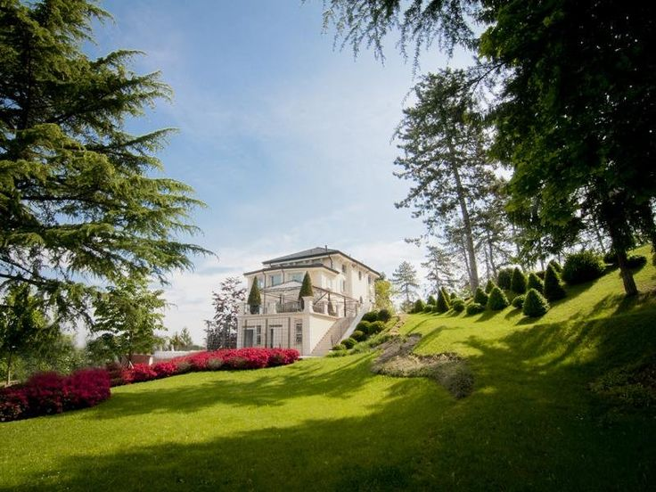 House of Anais shared this hunting lodge and spa in beautiful Italy