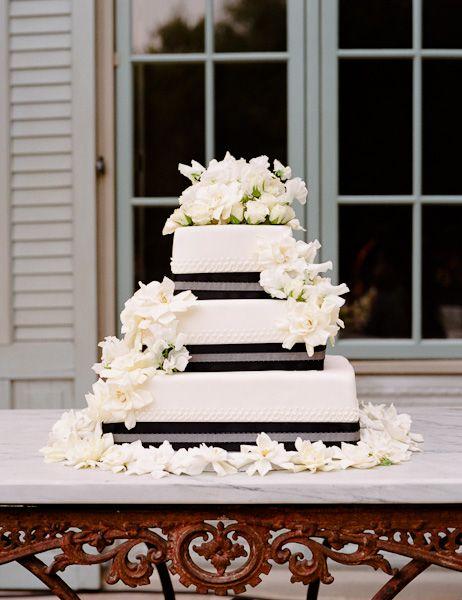 @Lindsay Dillon Dillon Dillon Fleming Black & White Wedding Cake