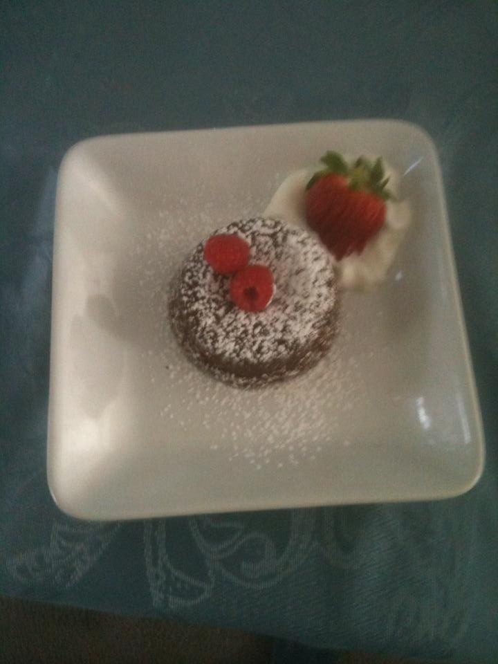 cake s molten chocolate cake s with raspberries molten chocolate cake ...