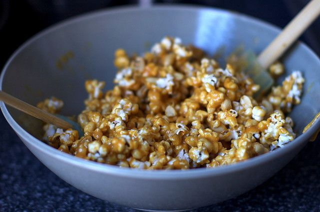 Spicy caramel popcorn | Recipes | Pinterest