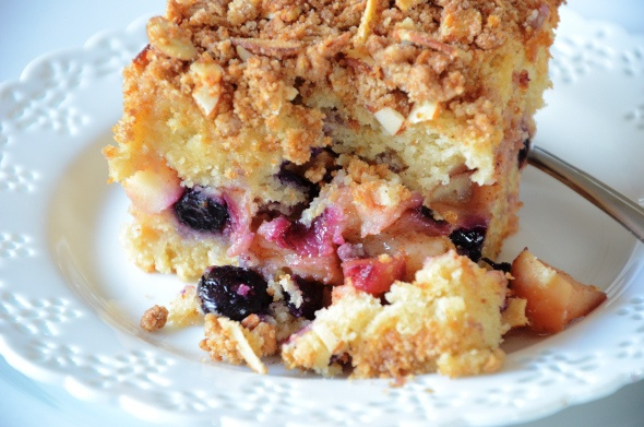 Gluten free, Dairy free Apple Blueberry Crumb Cake