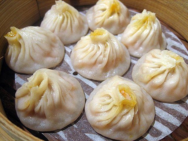 Eating Shanghai: Xiao Long Bao | Easy Asian Recipes at RasaMalaysia ...