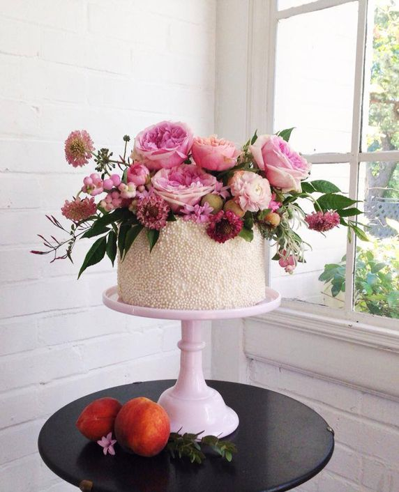 Beautiful Cake Pictures: Tiny Pearls & Floral Garden Single Tiered Cake: Cakes with Flowers, Cakes with Pearls, Wedding Cakes
