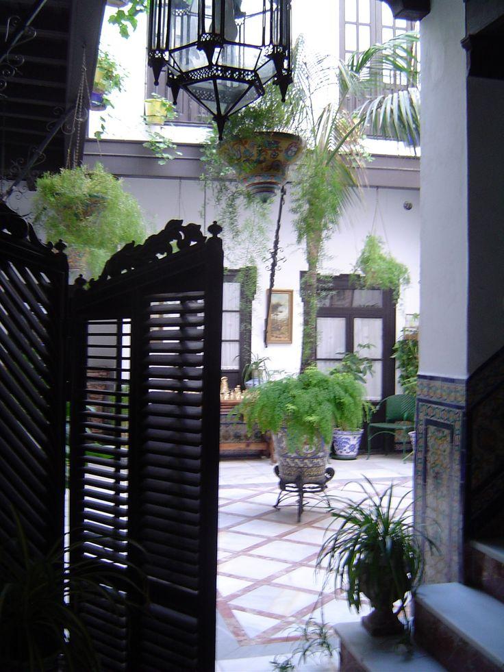 Patio de casa familiar patios de sevilla pinterest for Patios de casas