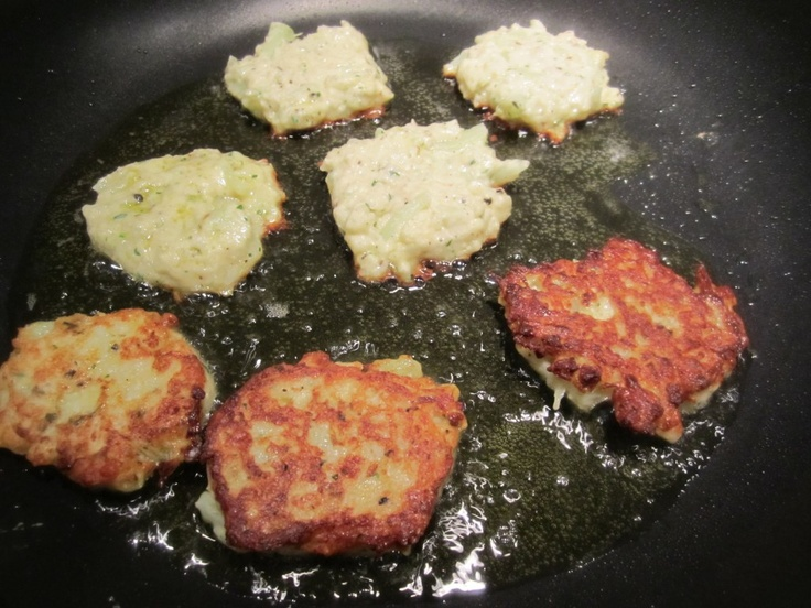 Cauliflower Fritters! | Somersizing and Other Low Carb Recipes | Pint ...