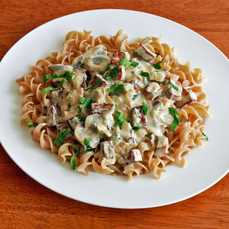 Creamy Mushroom and Tofu Stroganoff | I'd eat that.... | Pinterest