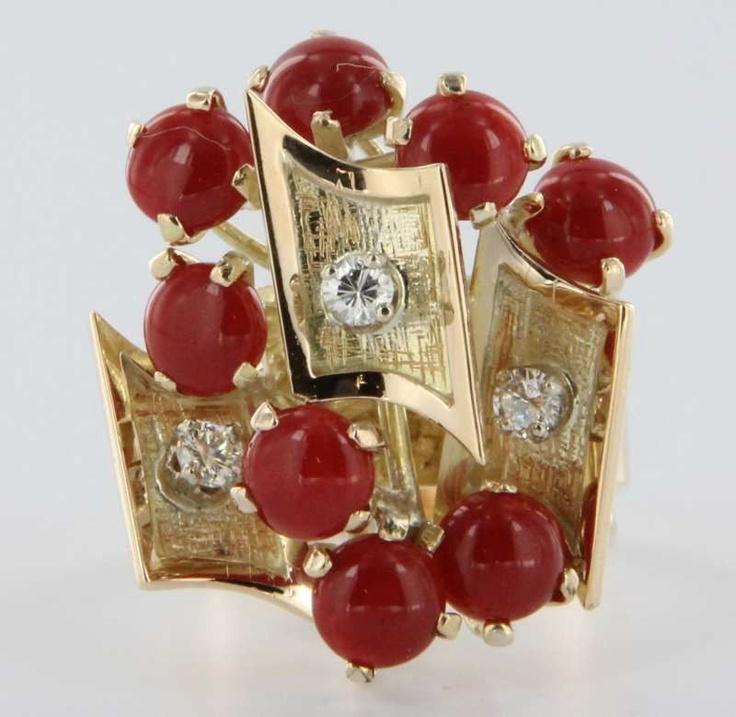 Vintage Estate Diamond, Red Coral и 14 каратного желтого золота коктейль кольцо