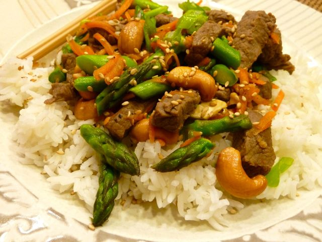 Beef, Asparagus, & Cashew Stir Fry | Food on Friday: Stir Fries | Pi ...