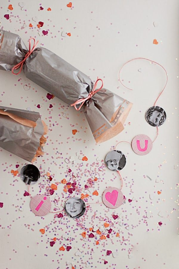 Make these Valentine's Day Photo Party Poppers with Martha Stewart Crafts Punches! Get the DIY Instructions from Flax & Twine! #marthastewartcrafts #12monthsofmartha