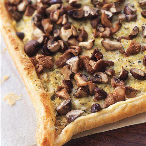 Goat cheese, leek & mushroom tart