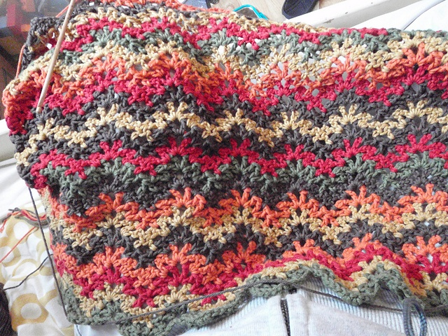 Crochet Patterns Vintage : Ravelry: Project Gallery for Vintage Crocheted Throw & Afghan pattern ...