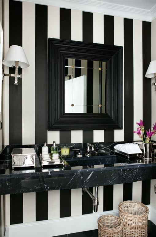 black and white stripes in the bathroom