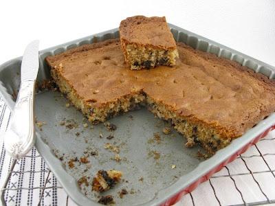 CLASSIC CHOCOLATE CHIP PECAN BLONDIES   cookies   Pinterest