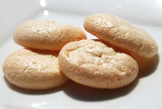 Chewy Amaretti Sandwich Cookies
