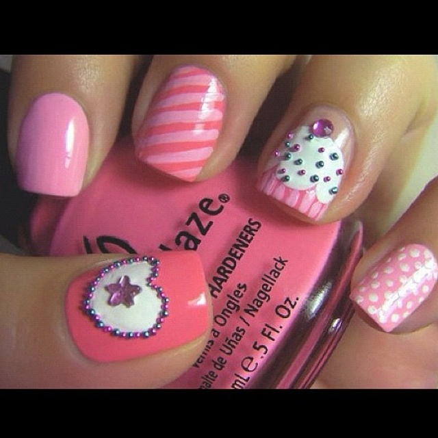 Cute cupcake nail design instagram Nailed It!! Pinterest