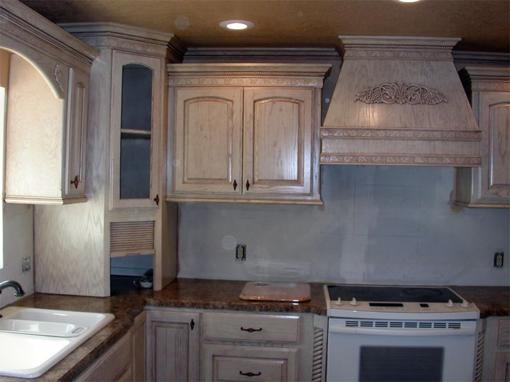 Pickled oak yuck yuck kitchen help please houzz, Who the heck ever