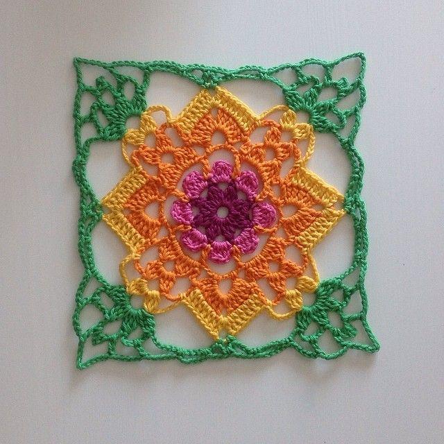 Crochet motif Crochet Granny squares Pinterest