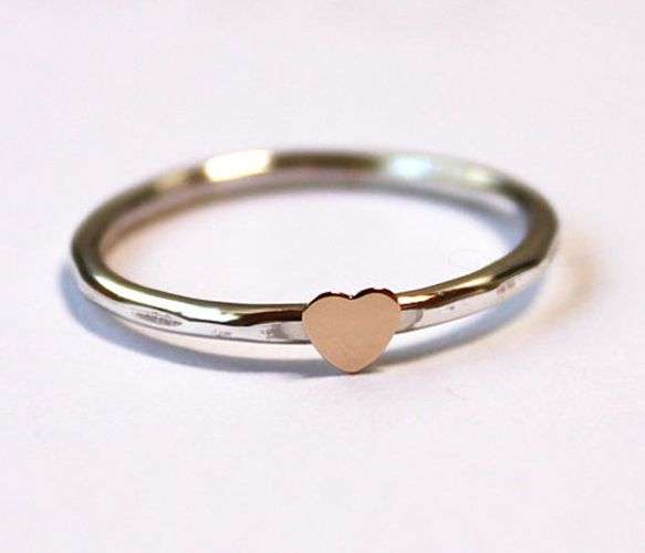 itty bitty heart ring.