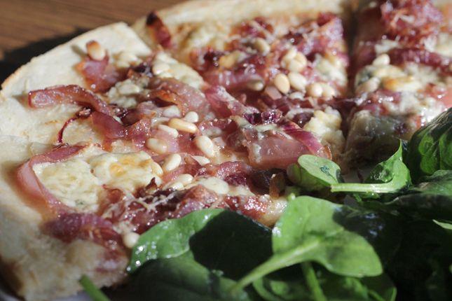 New Mama Meals: Caramelized Onion Gorgonzola Pizza | Recipe