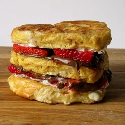 Challah french toast with mascarpone, strawberries and nutella!